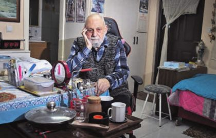 Vladimir Kanterevich lives in a tiny, neglected and cold room, with a meager pension that isn't enough for living