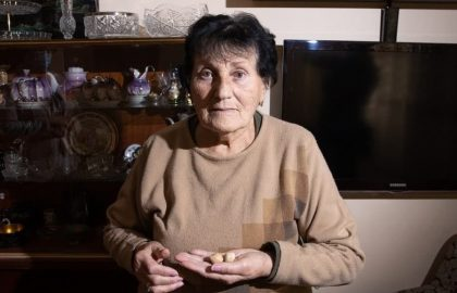 "Nona Ozdovsky – ""There is a leak in the house, and the ceiling is falling apart. The loneliness is very difficult."""