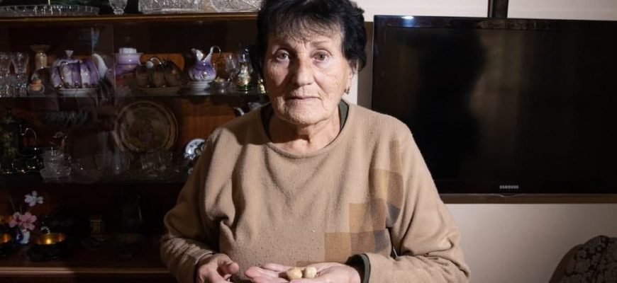 """Nona Ozdovsky – """"There is a leak in the house, and the ceiling is falling apart. The loneliness is very difficult."""""""